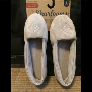 NWT: DEARFOAMS  MEMORY FOAM SLIPPERS: Ladies Large